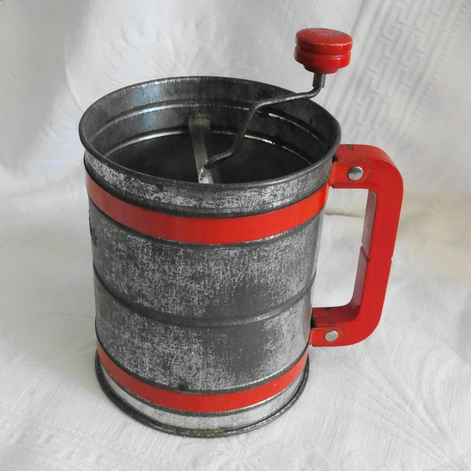 Vintage Tin Androck Kitchen Flour Sifter With Bright Red