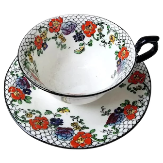Set of 8 English Bone China Cups and Saucers – Coronet – Fine Vintage Condition