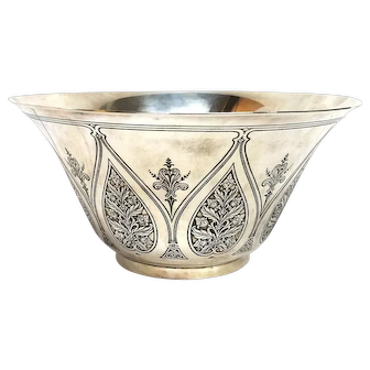 Tiffany & Co Arts and Crafts Sterling Silver Massive Heavy Centerpiece Bowl