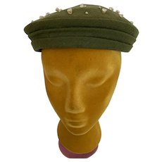 Olive Felt Beret with Tiny Shells Vintage 1960s