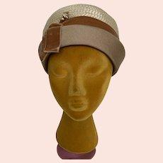 Vintage 1960s Deep Pillbox Hat