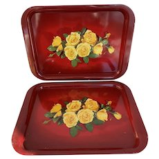 Pair of Red Metal Tray with Yellow Roses, Vintage 1970s Serving Tray, TV Tray