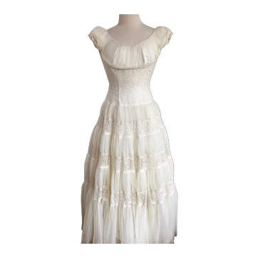 1950s Creamy White Tiered Prom Dress, Debutante Dress