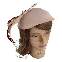 1940s Gene Doris Blush Felt Tilt Hat with Feathers