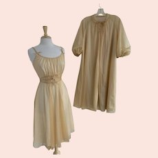 Artemis 1960s Robe and Nightgown Set