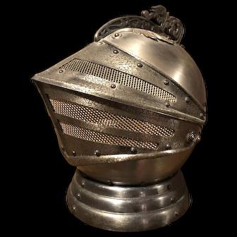 Cool retro 1960's Knights Armor helmet decanter w/ 4 shot glasses & music box