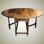 Antique Oak Gate leg Dining Table. 6 seater.