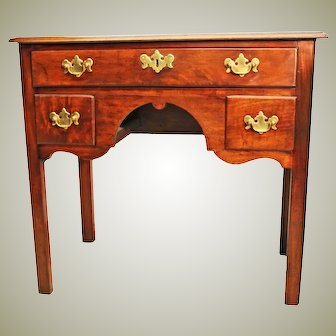 18th Century Country Chippendale Mahogany Lowboy. Georgian Side table