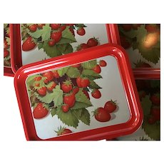 Set of 6 Vintage Red Metal Trays with Strawberry Design - Mid Century Lap Tray / TV Tray