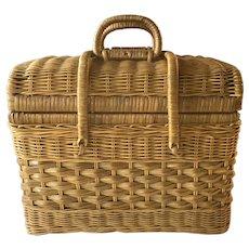 Vintage Picnic Hamper ~ 1950's rattan / wicker picnic basket