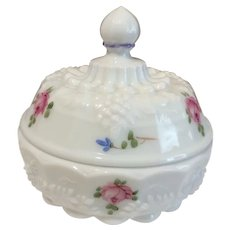 Westmoreland Wedding Roses and Bows Milk Glass Candy Dish