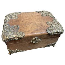 Oak Tin Lined Humidor with Metal Appointments