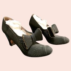Red Cross Shoes Black Shoe Clips Heels beautiful Size 5AA