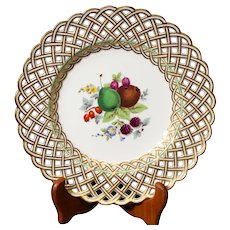Beautiful Reticulated Meissen Plate Decorated With Floral Design