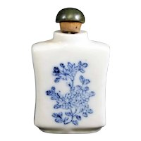 Blue & White Floral Perfume or Snuff Bottle