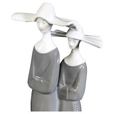 Porcelain Statue of Two Serene Nuns - Wagner & Apel