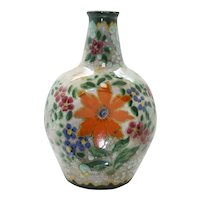 Triangle Sided Gouda High Glossy Floral Vase