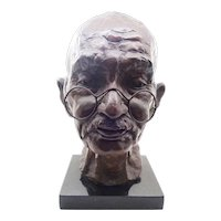 Bronze Sculpture of Mahatma Gandhi - 1981 - Martine Vaugel 9/20