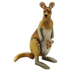 BeJeweled Mother Kangaroo & Baby Trinket or Dresser Box