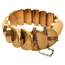 18 Karat Yellow Gold Fancy Link Semi Circle Bracelet