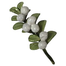 Ciléa Paris White Berry Brooch