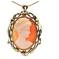 Victorian 14K Yellow Gold Shell Cameo Pendant of Woman