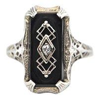 Edwardian (C.1910) 14K White Gold Onyx and Diamond Ring