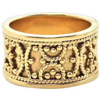 Vintage 18K Yellow Gold Ring with Twisted Cable Design