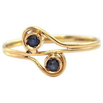 Vintage 0.16 CT Sapphire and 18K Yellow Gold Ring