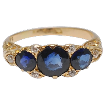 Antique Victorian Sapphire Trilogy 18k Gold Ring