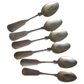 Beautiful 1830s Fiddle Pattern Sterling Teaspoons, exceptional quality