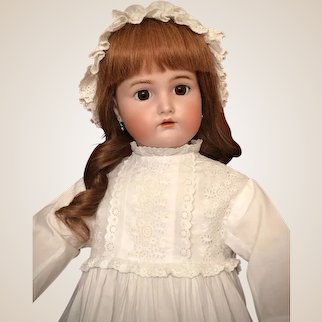 "Beautiful 27"" Simon & Halbig Kammer & Reinhardt Antique Bisque Doll"