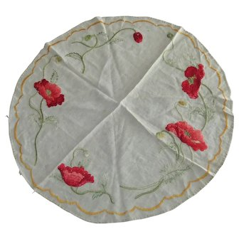 """Arts Crafts 30"""" Round Embroidered Red Poppies Linen Tabletop Centerpiece"""