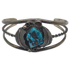 Vintage sterling silver turquoise bracelet!