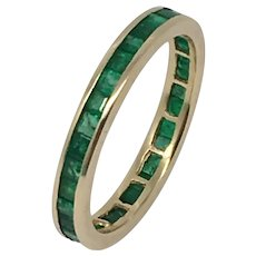 Vintage 14k yellow gold emerald wedding band Ring!!!