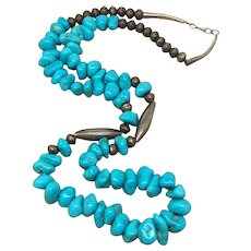 Vintage  Southwestern sterling silver turquoise necklace
