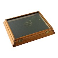 """Antique Country Store """"King Link"""" Collar Button Display Case"""