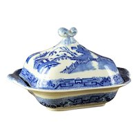 Antique Ridgway Blue Willow Covered Vegetable Dish