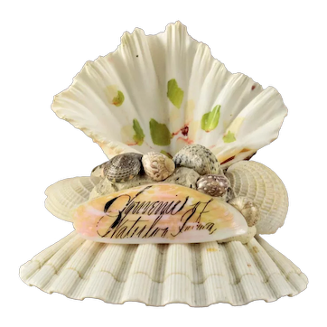 Victorian Sailors Sweetheart Shell Art Souvenir Waterloo, Iowa