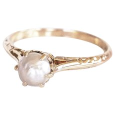 Victorian 10K Yellow Gold Natural Pearl Solitaire Ring