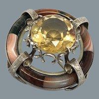 19th Century Rare Scottish Agate Pin with 30 Carat Citrine