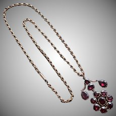 Antique Georgian Garnet Pendant and Gold Chain