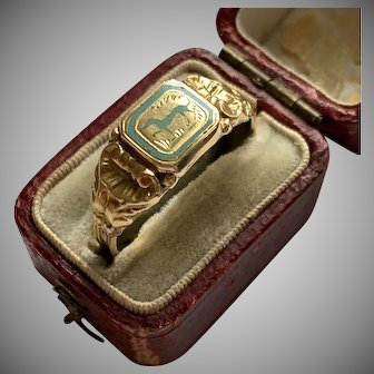 Antique French Gold Enamel Ring of a Dog Circa 1840