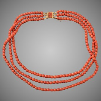 Wonderful French Natural Coral Georgian Gold Necklace