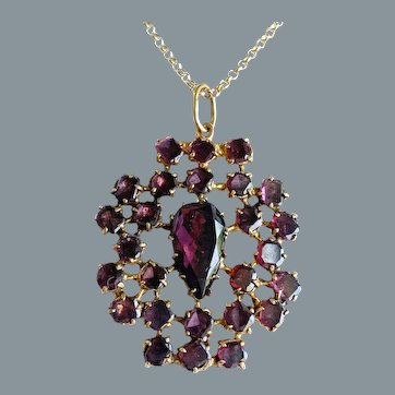 Antique 18th Century Garnet Pendant