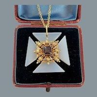 Beautiful Georgian Gold Chalcedony Maltese Cross Pendant Circa 1820