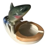 Vintage Hand Painted Luster Porcelain Figurine Fish Ashtray - China
