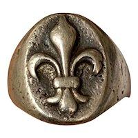 Antique French fleur de lys signe ring in silver