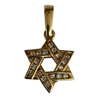 Vintage 18 K yellow gold diamond Star of David pendant