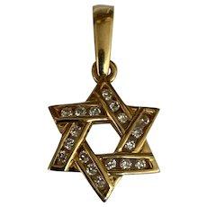 Vintage 18 K yellow gold diamond Star of David pendant